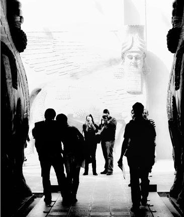 Louvre Photoshoot